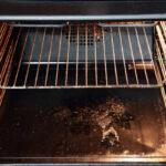 ¿Cómo funciona un horno autolimpiante?