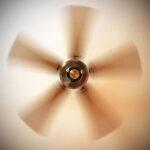 ¿En qué dirección debe girar un ventilador de techo?