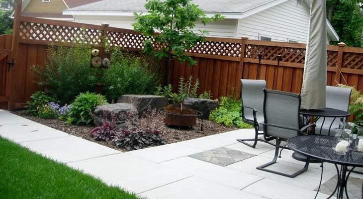 Cómo construir un patio en su jardín