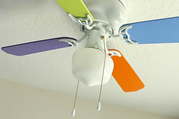 Ventilador de techo colorido