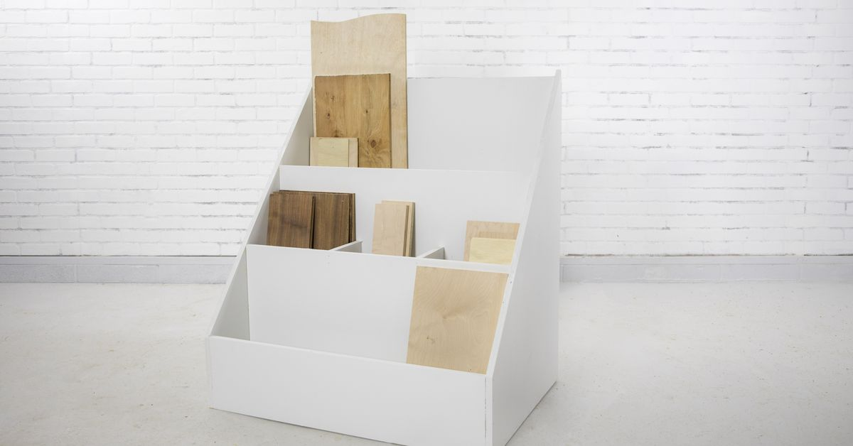 Cómo construir un soporte de madera de desecho de bricolaje