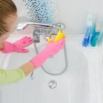 5 formas de conseguir una bañera limpia y reluciente