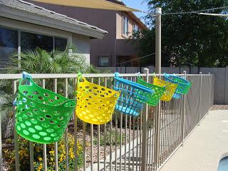 Cestas para accesorios de piscina