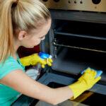 ¿Cómo limpiar un horno correctamente?