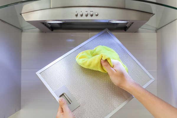 Limpieza de la campana del horno