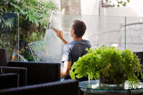 Limpiar ventanas como un profesional