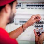Seguridad eléctrica en el hogar: 10 consejos para mantenerse seguro